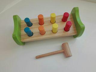 juego de martillar de madera