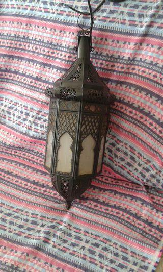 Lámpara farol arabe.