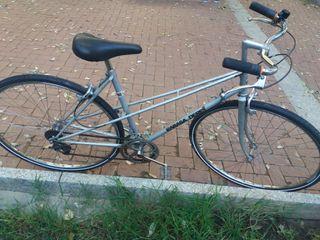 bicicleta Rabasa Derbi clásica de carretera