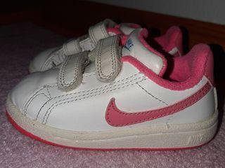 zapatilla Nike niña