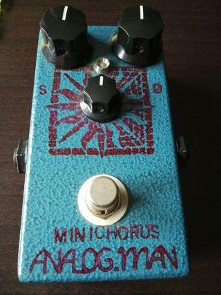 Pedal guitarra Analog.man mini chorus