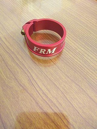 Abrazadera sillin FRM 34.9 Rojo