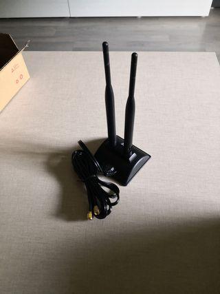 Base con antena WIFI