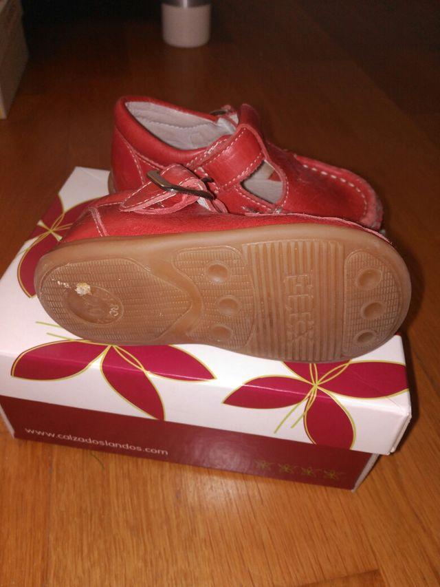 zapatos niño talla 20