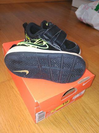 zapatos niño talla 21