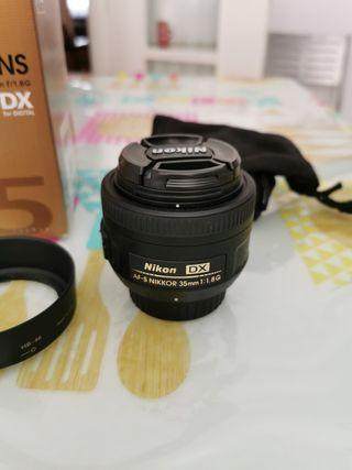 Nikon Nikkor AF-S DX 35mm f 1.8G