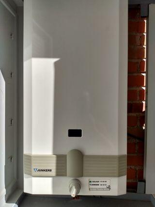 Calentador eléctrico de gas natural Junkers