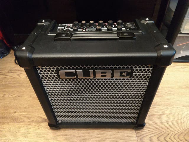 ROLAND CUBE 20GT