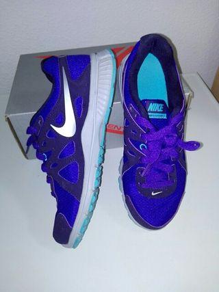 Zapatillas mujer Nike 37.5