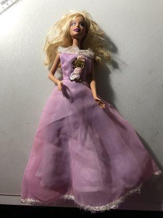 Muñeca barbie.
