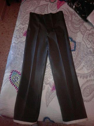 Pantalón de gitanillo