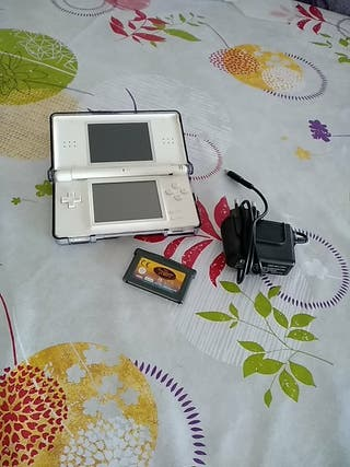 Nintendo DS lite + juego