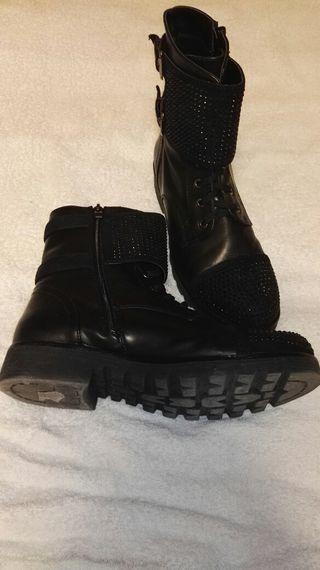 Botas mujer 40/41 estilo militar negras