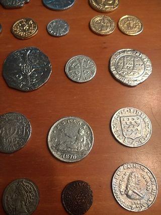 Lote monedas antiguas de imitación