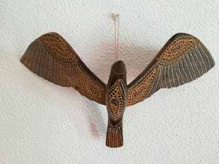 Adorno colgante pájaro etnico de madera