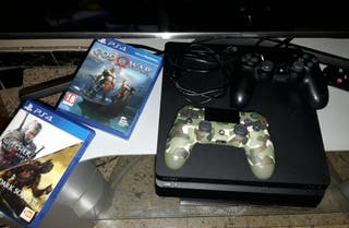 Playstation 4 de 1TB + 2 mando y 3 juegos