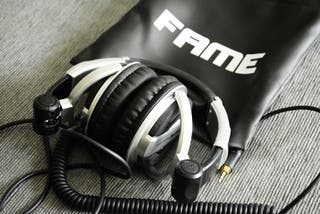 Auriculares FAME