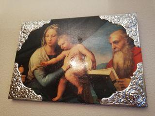 cuadro religioso en madera con bordes en alpaca