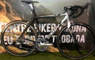 Bicicleta Scott CR1 Ultegra