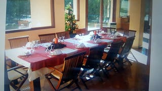 gran comedor ,mesa y sillas de teka
