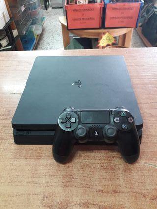 PS4 SLIM 1TB CON MANDO Y CABLES