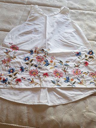 blusa blanca. talla L