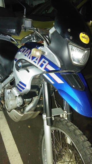 MOTO BMW 650 GS DAKAR