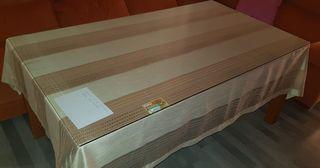 mesa y sillas 687511753
