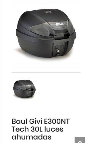 baúl maleta moto giby