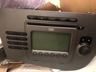 Radio seat leon 2