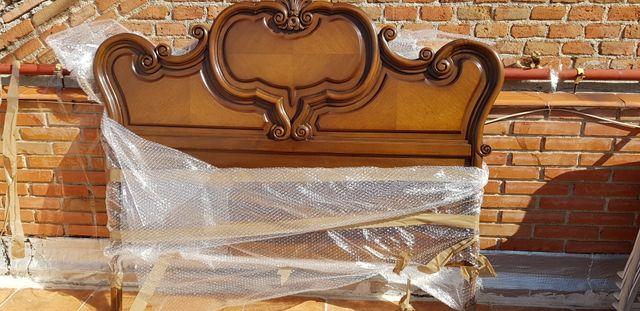 Estructura de cama vintage