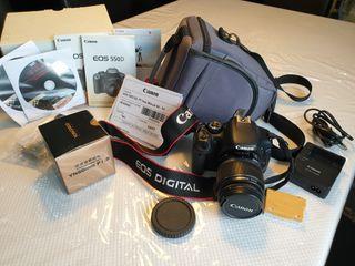 Cámara Canon Eos 550 D con objetivos