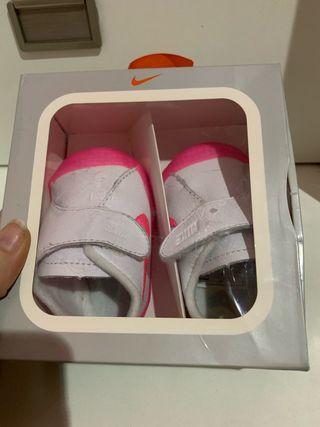 Zapatillas Nike bebé niña