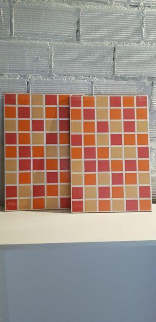 7 azulejos naranjas
