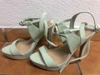 Zapatos tacón verdes agua
