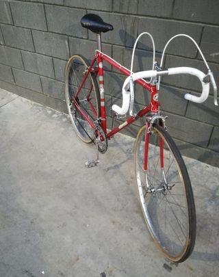 Bicicleta de carretera clásica Emporium