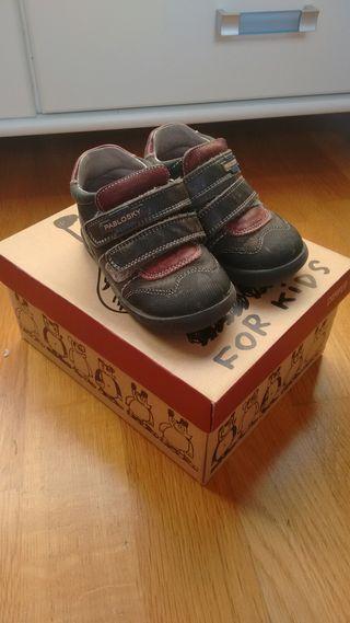 zapatos niño talla 22