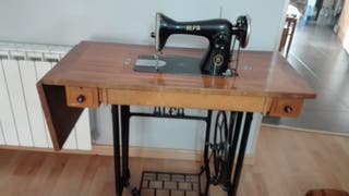maquina coser alfa antigua