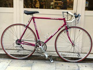 Bicicleta carretera clásica GIANT