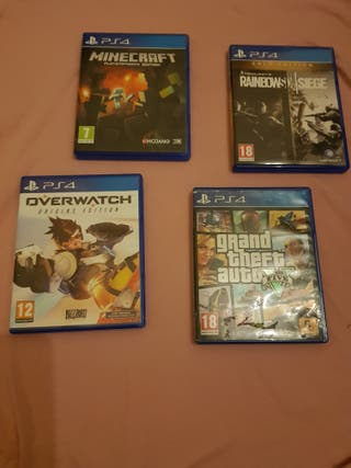 PS4 BUNDLE WITH 4 GAMES AND CONTROLLER