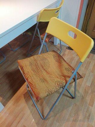 4 sillas ikea amarillas plegables plastico.
