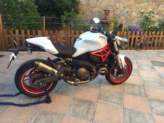 Escape SC Project Ducati Monster 821