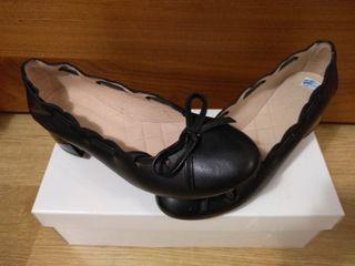 Zapatos negros Hispanitas nuevos 37