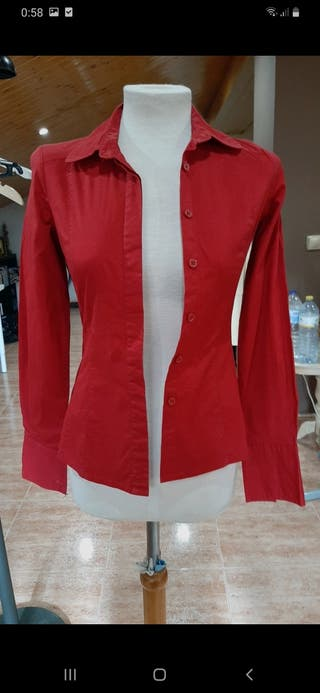 camisa mango color rojo