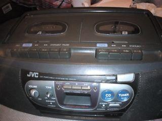 Radio cassette con CD