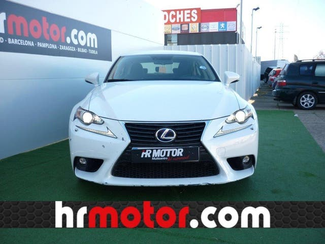 LEXUS IS 300h Executive Tecno + Navibox
