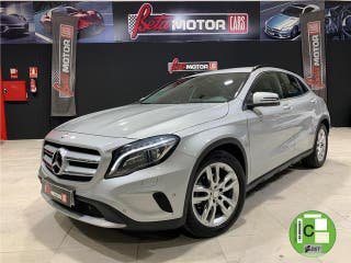 Mercedes-Benz Clase GLA 200 CDI Urban 100 kW (136 CV)