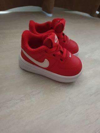 Zapatillas bebé Nike NUEVAS Talla 17