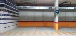 Plaza de garaje para furgos y caravanas