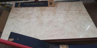 8 azulejos de 33 x 55 cm